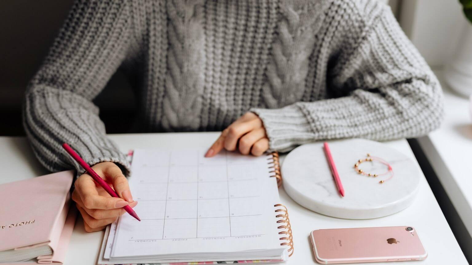 Comment bien organiser son mois - Cover Post